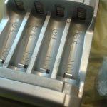 Terminales con liquido de las baterías
