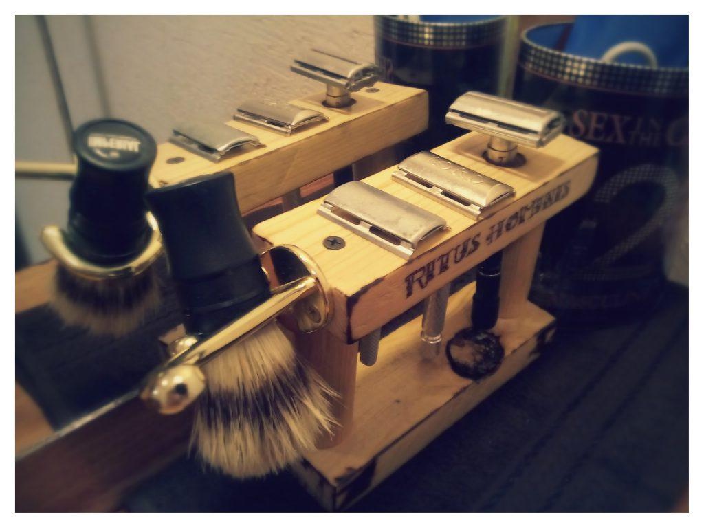 soporte para máquinas de afeitar - gancho para la brocha