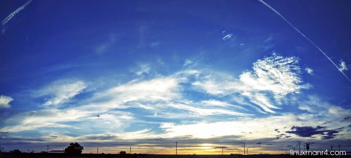 cielo azul cielo nublado   Agregar texto a una imagen con ImageMagick