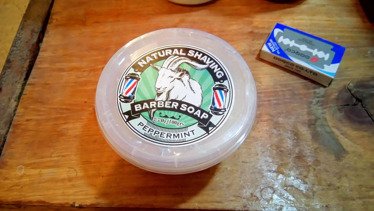 jabon para afeitar elaborado con leche de cabra - frente